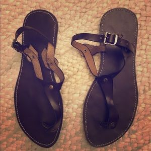 Brown leather sandals, size 40